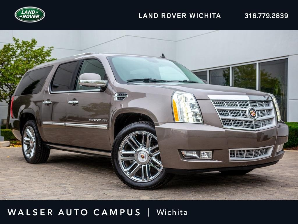 Pre-Owned 2013 Cadillac Escalade ESV Platinum Edition, Navigation, Rear Entertainment