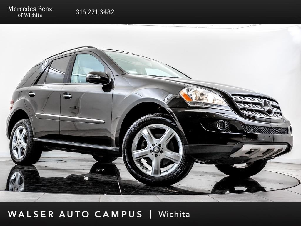 Pre-Owned 2008 Mercedes-Benz M-Class ML350, Navigation, Moonroof, Rear View Camera