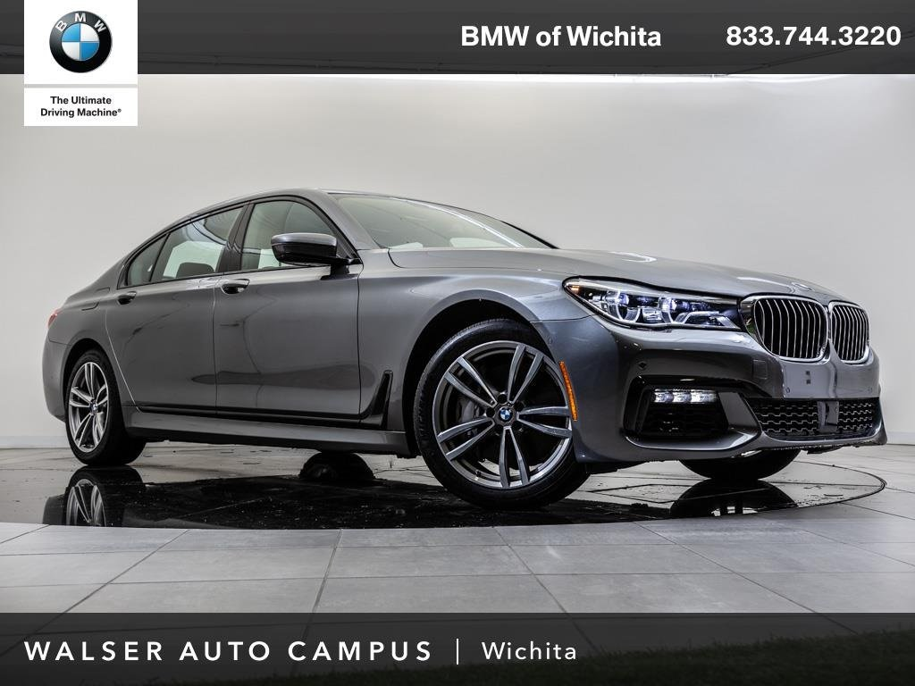 Pre-Owned 2016 BMW 7 Series 750i xDrive Executive Pkg, Navigation, Pano Roof