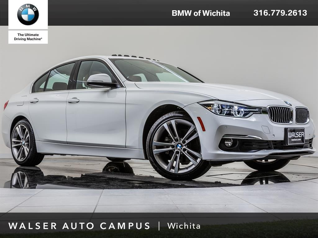 Pre-Owned 2017 BMW 3 Series 328d xDrive Moonroof, Navigation, Apple CarPlay