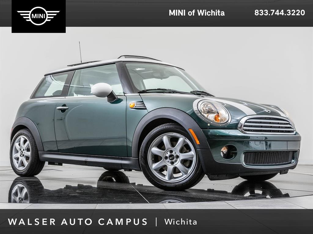Pre-Owned 2010 MINI Cooper Hardtop Moonroof, Heated Front Seats, Moonroof