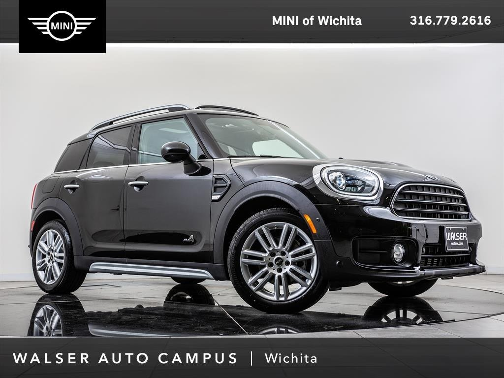 Pre-Owned 2017 MINI Countryman Cooper ALL4, Fully Loaded, Navigation, Head-Up Dis