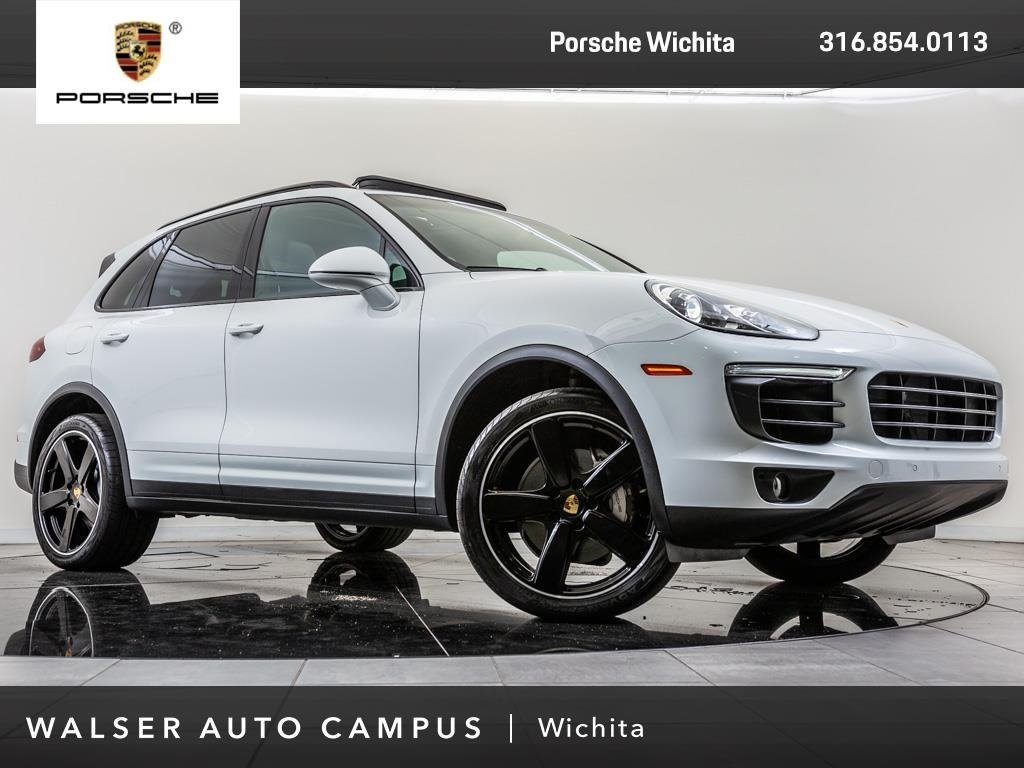Pre-Owned 2017 Porsche Cayenne S, Sport Chrono Package, Panoramic Roof, RV Cam