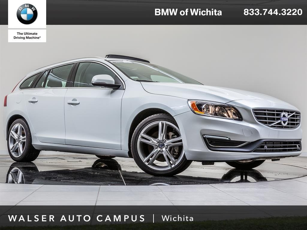 Pre-Owned 2016 Volvo V60 T5 Premier Navigation, Backup Camera, Moonroof