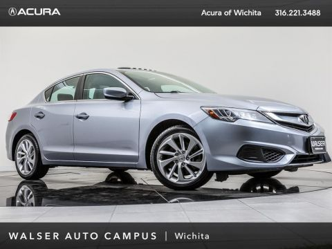 Pre-Owned 2016 Acura ILX Moonroof, Bluetooth, RV Camera