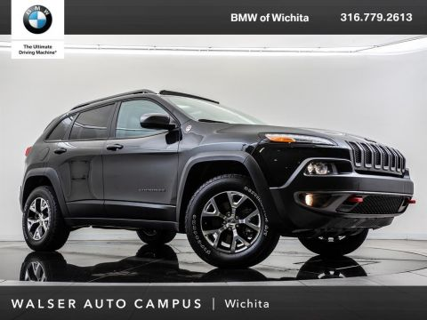 Pre-Owned 2014 Jeep Cherokee Trailhawk, Navigation, Panoramic Moonroof