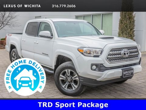 Pre-Owned 2017 Toyota Tacoma TRD Sport Package