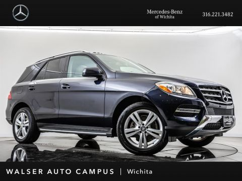 Pre-Owned 2015 Mercedes-Benz M-Class ML 350 4MATIC, Sunroof, Navigation, Rear View Cam
