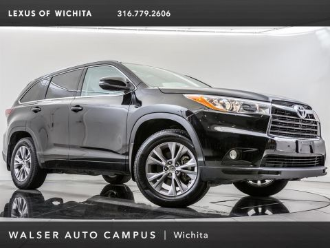 Pre-Owned 2014 Toyota Highlander XLE, Navigation, Moonroof, Rear View Camera