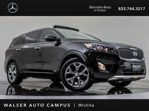 Pre-Owned 2016 Kia Sorento Limited Navigation, Moonroof, Backup Camera