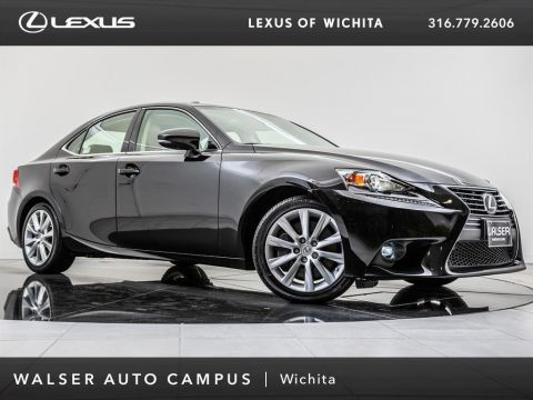 Pre-Owned 2016 Lexus IS 300 Moonroof, Bluetooth, Backup Camera