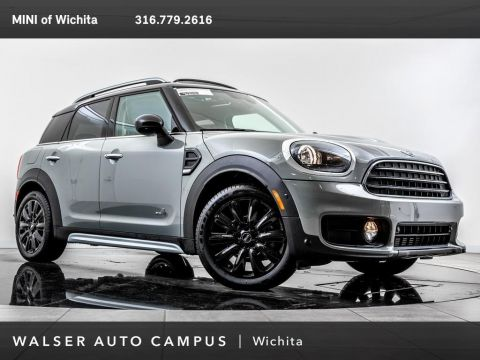 Pre-Owned 2018 MINI Countryman Cooper ALL4, Navigation, Panoramic Moonroof