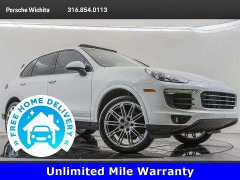 Pre-Owned 2018 Porsche Cayenne Platinum Edition Premium Package